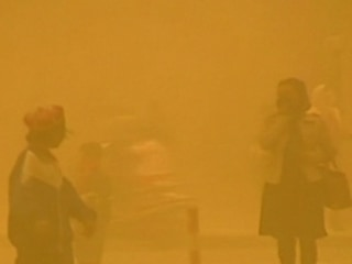 Sandstorm Sweeps Through China