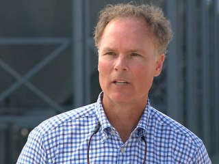 Arkansas Farmers Weigh Electability of Hillary Clinton, Call Bill 'Native Son'