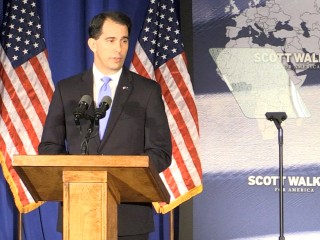 Walker Critical of Clinton in Foreign Policy Speech