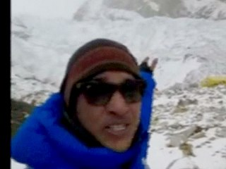 Everest Mountaineer: 'A Lot of Disturbance' from Quake