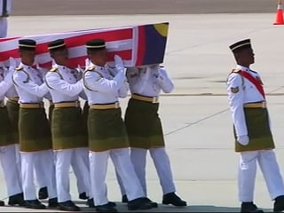 Bodies of MH 17 Victims Arrive Back in Malaysia