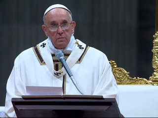 Pope Calls for Global Tenderness During Christmas Message