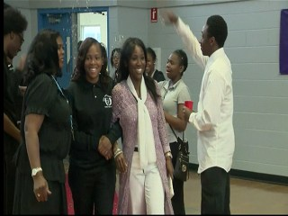 Teacher Donates Kidney To Help Save Student