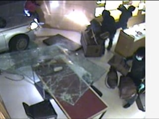 Louis Vuitton Smash-and-Grab Caught on Camera