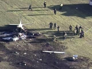Small Plane Crashes Near Milwaukee
