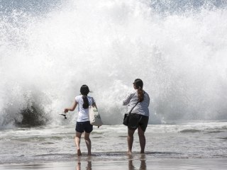Tropical Storm Marie Kicks Up Surf in California