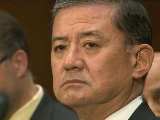 Members of Congress Call on Shinseki to Resign