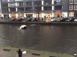 Video Shows Heroes Rescue Mother and Baby From Sinking Car