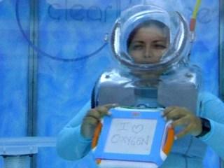 Underwater Bar Serves Scented Oxygen