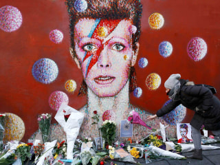 Bowie Fans Across London React with Shock and Sadness