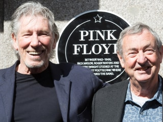 Another Plaque in the Wall: Pink Floyd Honored