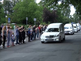 Cortege Carrying Remains of Germanwings Victims Drives Past School