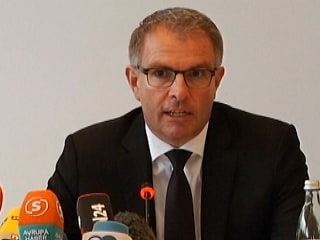 Lufthansa CEO: We Can Only Speculate About Motives
