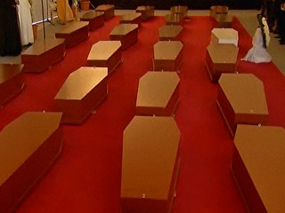 Tearful Memorial for Victims of Mediterranean Migration Disaster