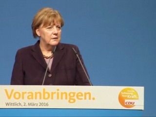 Angela Merkel: Europe Will Manage Migrant Crisis
