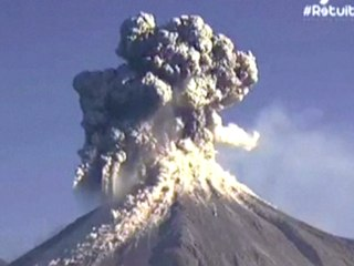 Mexico's Colima Volcano Puts on Spectacular Display
