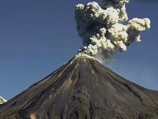 Time Lapse: Mexico's Colima Volcano Spews Gas and Ash