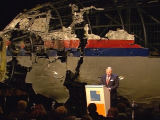 Why Was MH17 Flying Over Conflict Zone? Investigators Answer