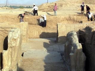 Flashback: Nimrud Excavations in 2001