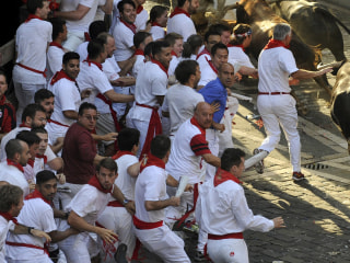 Casualties Reported in First Pamplona Bull Run of 2015