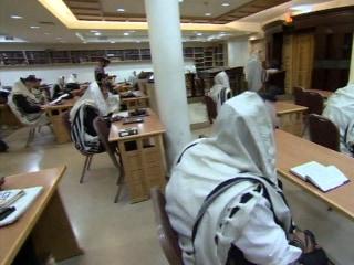 Prayer Returns to Scene of Bloody Jerusalem Synagogue Attack
