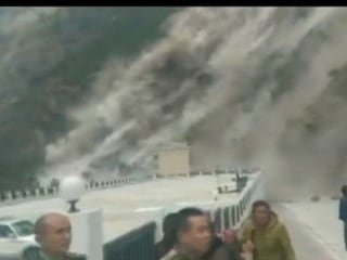 WATCH: When The Earthquake Struck in Tibet