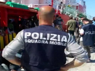 Italian Police Rescue Migrants, Seize Suspected Traffickers