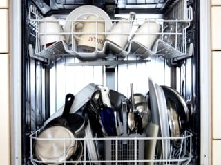Turns Out You've Been Loading Your Dishwasher Wrong