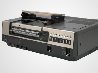 World's Last Remaining VCR Company to Cease Production This Month