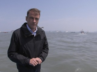 Bill Neely Details Recovery Efforts for South Korean Ferry