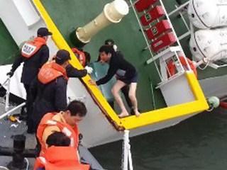 Video Shows Captain Fleeing Sinking Ferry in Underwear