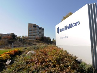 Biggest U.S. Health Insurer Says It May Abandon Public Exchanges