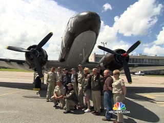 Veterans Reunite With D-Day C-47 Aircraft