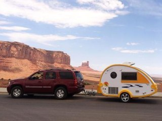 Backcountry Battle: Websites Duel to Become the Airbnb of RVs