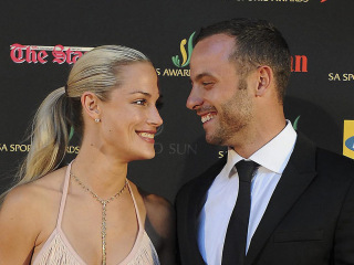 Defense Addresses Pistorius and Reeva Steenkamp's Text Messages