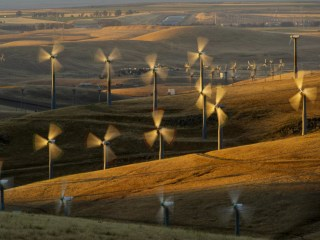 Huge Wind Farm Proposed for Wyoming Would Store Energy in Utah Caves