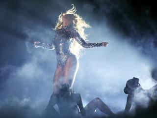 Harvard Study Reveals Secrets of Beyonce's Surprise Album Launch