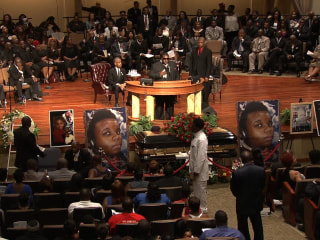 4,000 Mourners Gather for Michael Brown's Funeral