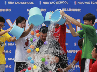 Despite Drought, China Dives into ALS Ice Bucket Challenge