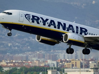 Low-Cost Airline Ryanair Launches Business Class