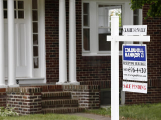 Housing Market Looking Up: Pending Home Sales Bounce Back in July