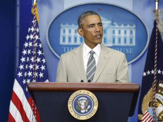 Obama's Tan Suit Steals the Spotlight at Press Conference