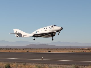 Virgin Galactic's SpaceShipTwo Glides Through a Dry Run