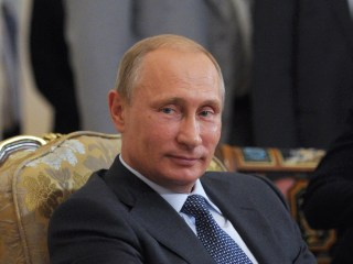 Putin Likens East Ukraine's Surrounded Cities to Nazi Sieges