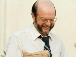 John Walker, Spy For Soviet Union, Dies in North Carolina Prison
