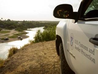 Border Patrol Agent Shoots at Armed Militia Member in Texas