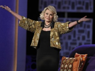 Joan Rivers' Daughter Sues Clinic Over Comedian's Death