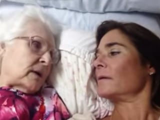 Mom With Alzheimer's Remembers She Loves Her Daughter on Video