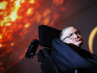 Stephen Hawking Talks Killer Robots, Favorite Song in Reddit AMA