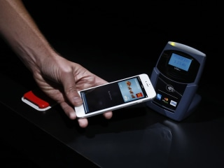With Apple Pay, Tech Giant Bets Big on Mobile Payments
